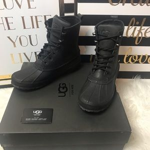 New Men's Black Waterproof Men's Uggs